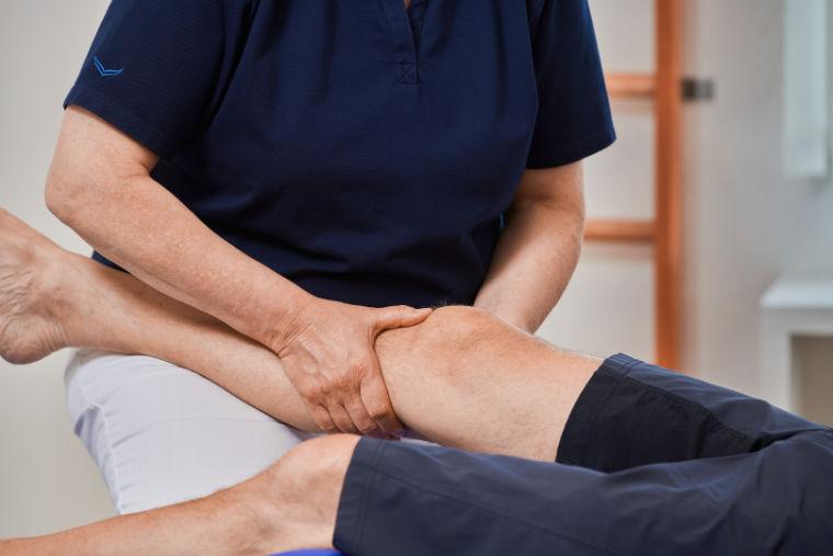 Behandlung in der Praxis für Physiotherapie, Susanne Wiedemann - Kempten