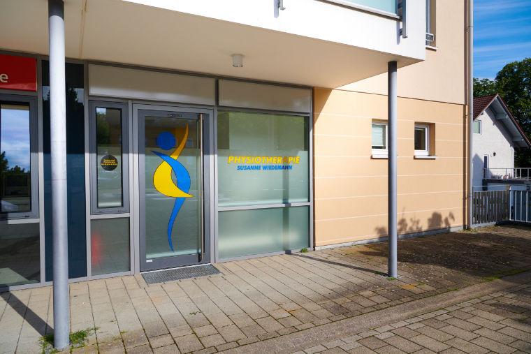 Eingangsbereich, Außenansicht - Physiotherapiepraxis in Kempten